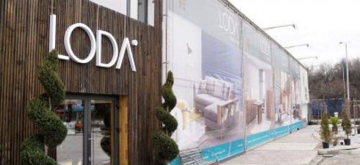 O Dev Firmanın Bulgaristan'da Açılan Mağazasına Yoğun İlgi!