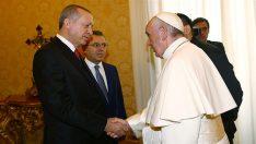 Cumhurbaşkanı Erdoğan Papa Franciscus ile Baş Başa Görüştü!