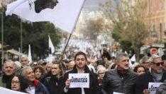 Macron Korsika'nın Resmi Dil Talebini Reddetti!
