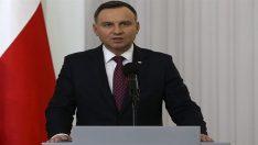 Polonya Cumhurbaşkanı Soykırım Yasasını İmzaladı!